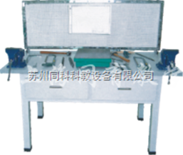 TKK-08A1TKK-08A1型 焊工、鉚工實操室成套設備(2座/桌)
