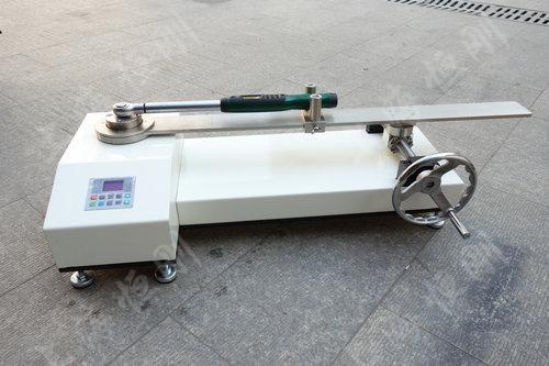 SGNJD型号的扭矩扳手检定仪